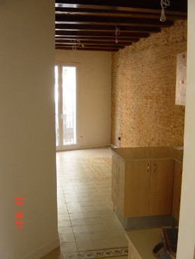 Spanish property for sale in: Barcelona in and around the center. Attractive studio apartment in the Raval Area