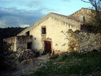 Spanish property for sale in: Farmhouses. Attached masia - 60.000 - Euro