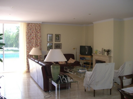 Spanish property for rent in: Sitges in and around the center. Fantastic House with lots of space and great views