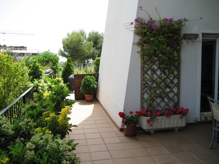 Spanish property for sale in: Sitges in and around the center. spectecular duplex at a 10 minutes walk from the beaches and the city center of Sitges