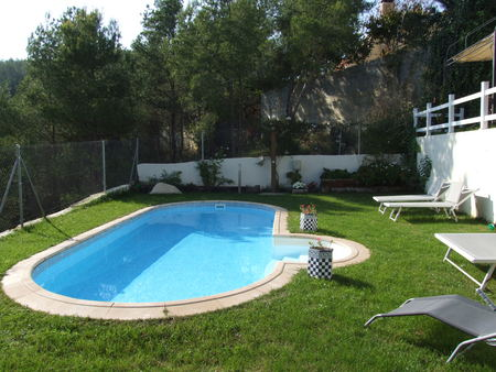 Spanish property for rent in: Sitges the surrounding hills. Great views house in Las Colinas