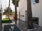 Spanish property for rent in: Castelldefels in and around the center. Freestanding elegant designer house to rent